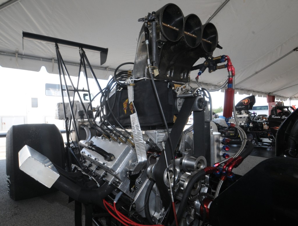 Jeff Kauffman blown rear engine dragster engine