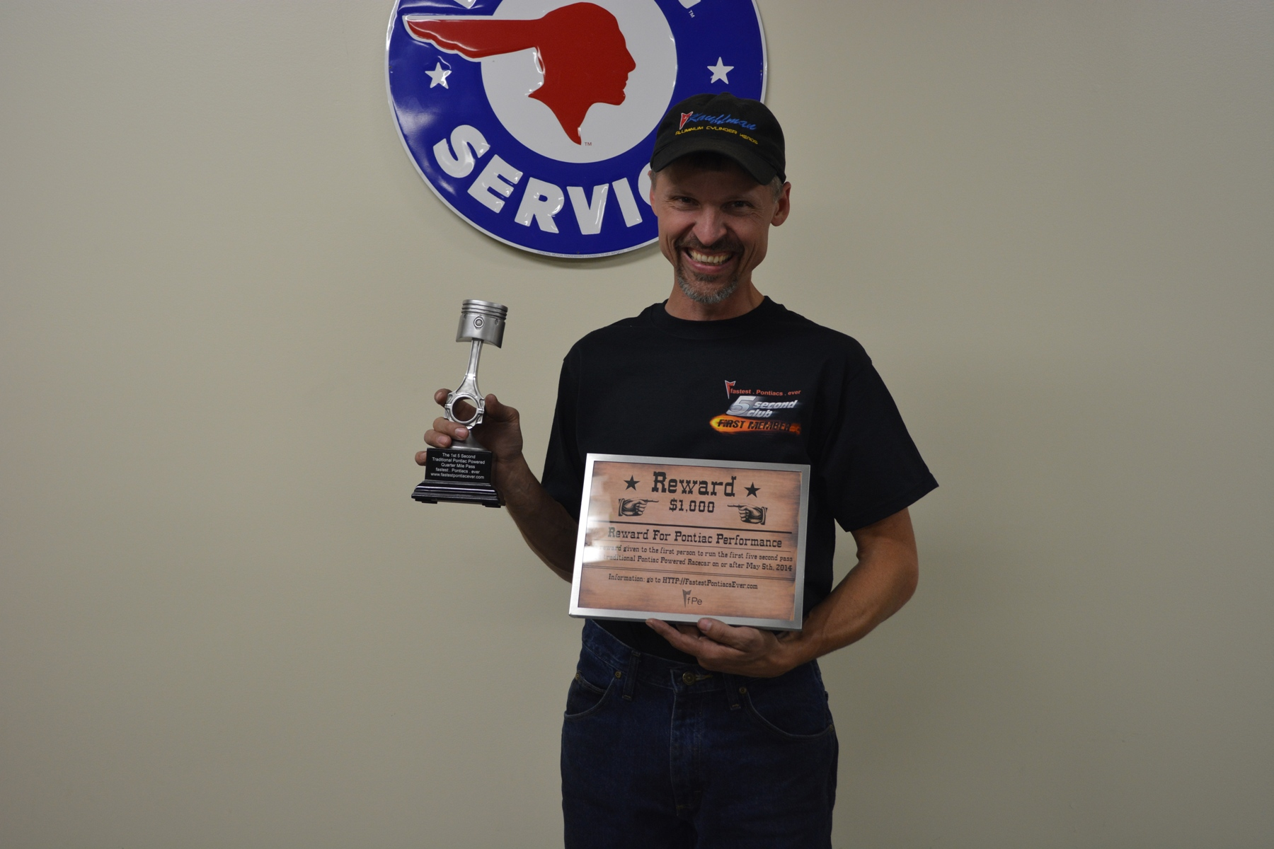 Jeff Kauffman with his fPe tropyh and award