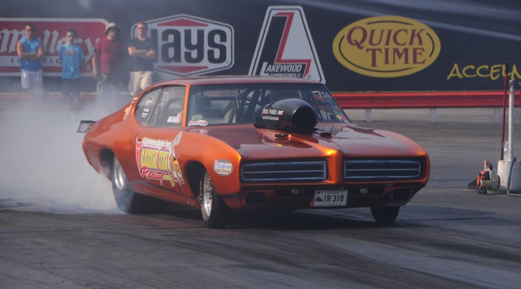 Scott Fischer 1969 GTO burnout Norwalk 2014