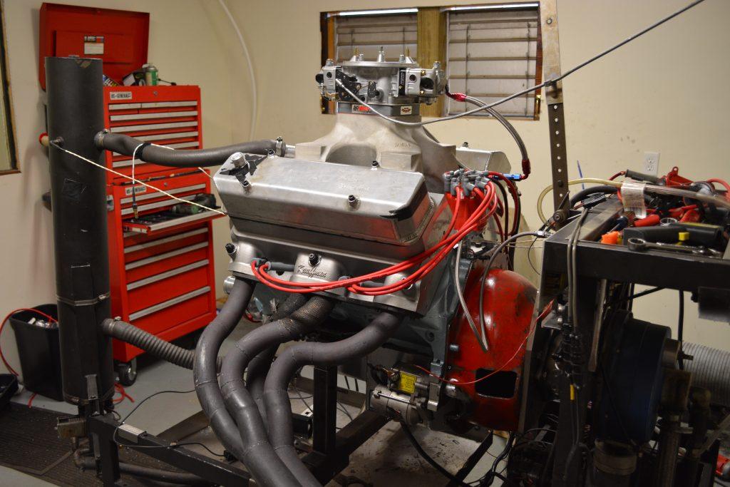 541 Pontiac engine with KRE Super Wedge Heads on dyno
